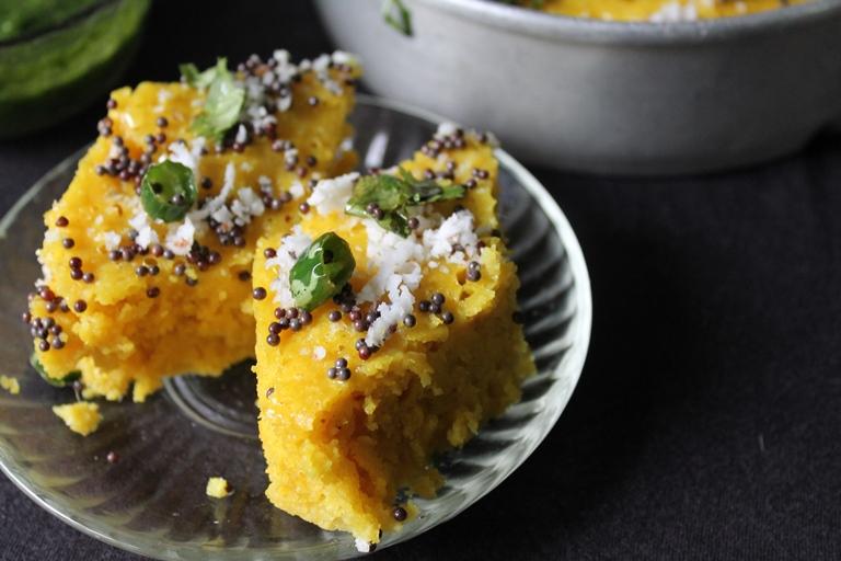 Dhokla recipe khaman dhokla recipe besan dhokla recipe dhokla recipe khaman dhokla recipe besan dhokla recipe gujarati dhokla with green chutney forumfinder Gallery