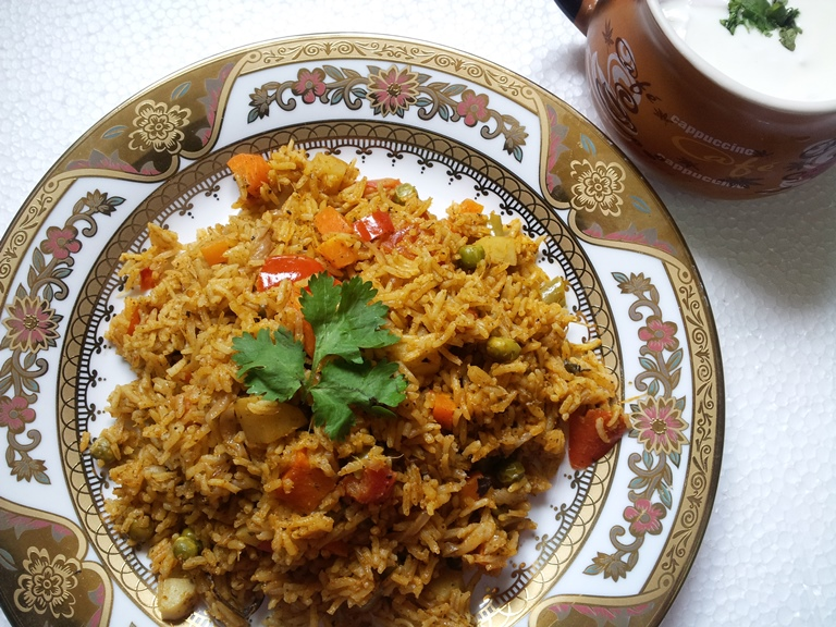 Simple easy vegetable biryani recipe vegetable biryani recipe this is a kind of one pot meali make this biryani often since it is so easy to make but it taste so flavourful i have quite a few biryani collection in forumfinder Choice Image