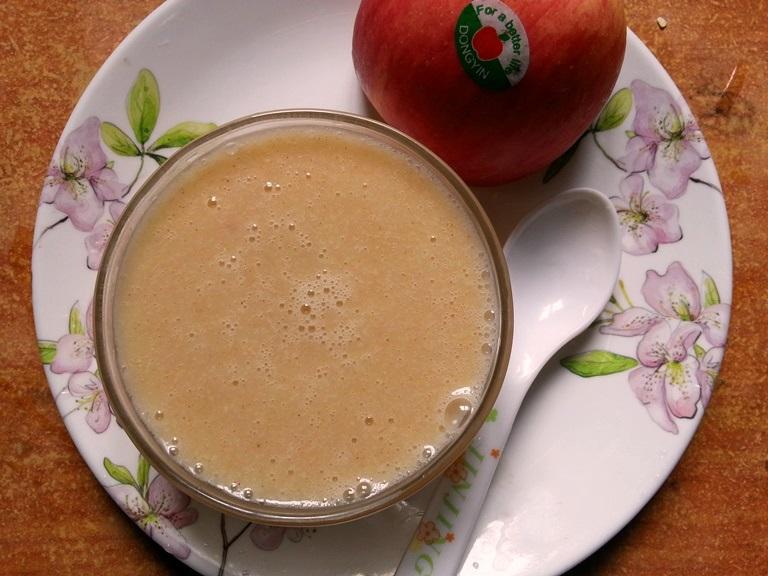 Apple & Oats Porridge for Babies / Apple, Oats & Cinnamon Porridge / Oats for Babies / Homemade Oatmeal Cereal for Babies- Porridge for Babies / 6 Month Baby Food