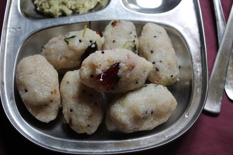 Upma Kozhukattai Recipe / Rice Rava Kozhukattai Recipe / Arisi Rava Kozhukattai Recipe / Pidi Kozhukattai Recipe