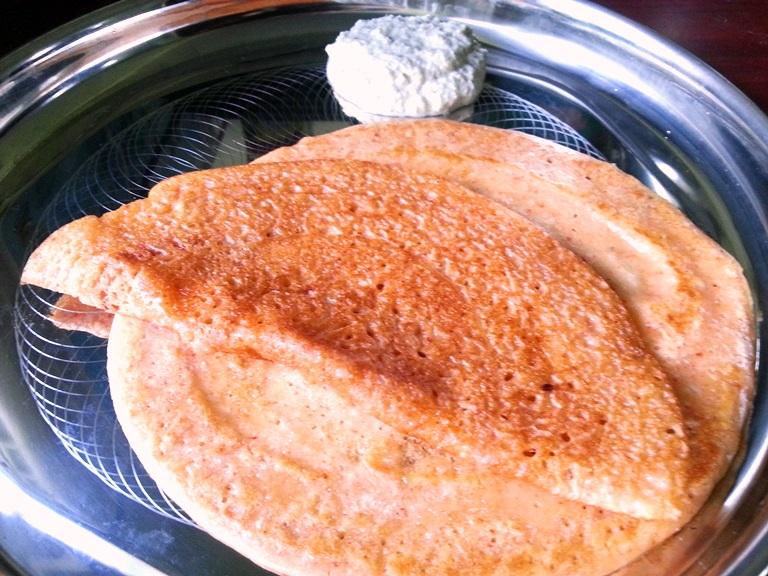 Amma's Tapioca Adai with Coconut Chutney / Maravalli Kizhangu Adai Dosa Recipe / Tapioca Dosa Recipe