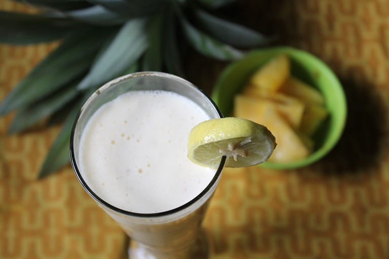 Pineapple Milkshake Recipe / Pineapple Shake Recipe
