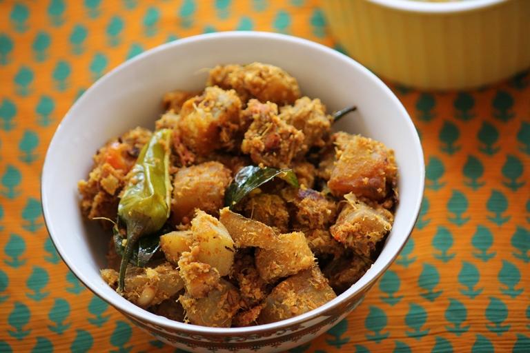Raw Banana Chukka Fry Recipe / Vazhakkai Chukka Varuval Recipe
