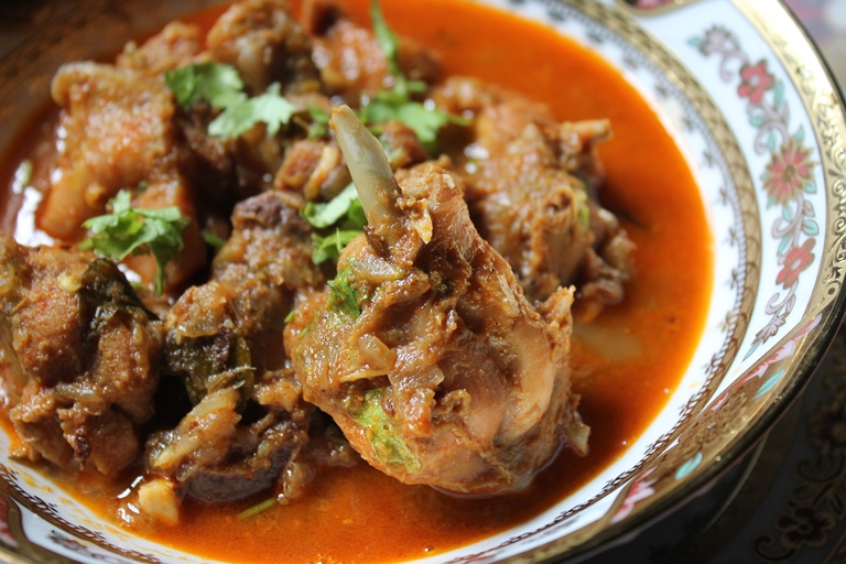 Simple Andhra Chicken Curry Recipe –  No Coconut Curries