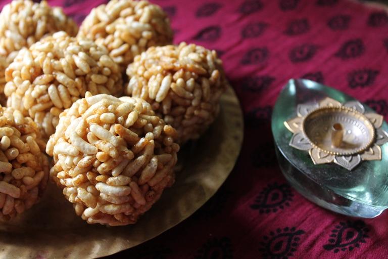 Pori Urundai Recipe / Puffed Rice Balls Recipe