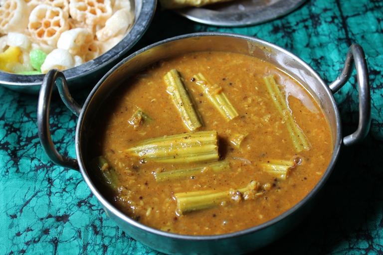 Drumstick Sambar Recipe / Murungakkai Sambar Recipe