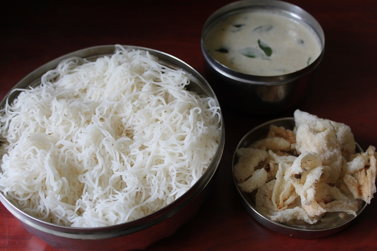 Sevai Recipe / Sevai, Mor Kuzhambu & Vathal Recipe / Homemade Rice Noodles – Traditional Recipe