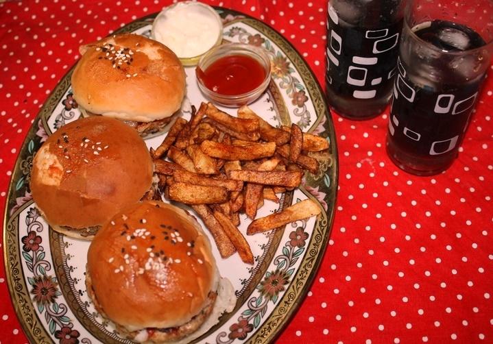 Chicken Burger Recipe / Grilled Chicken Burger Recipe