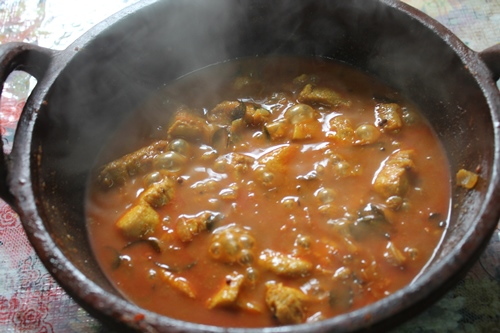 how to make meen curry