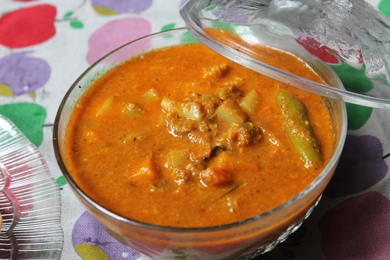 Vegetable Salna Recipe / Veg Salna Recipe / Vegetable Chalna Recipe