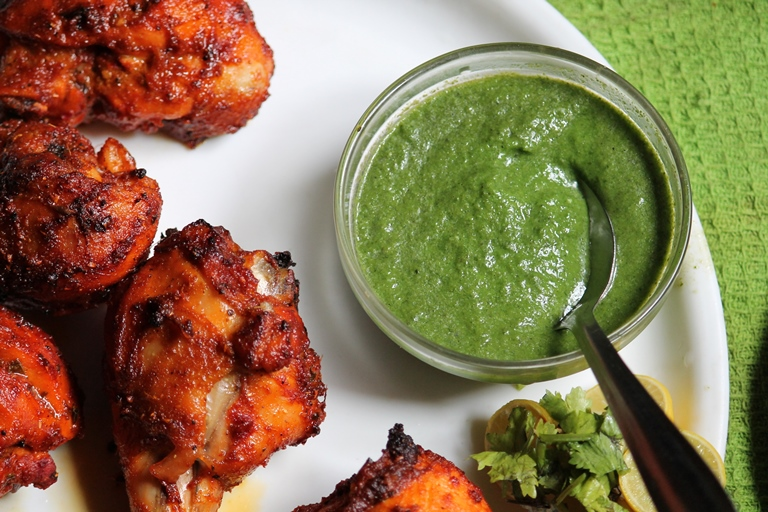 Mint Chutney Recipe for Tandoori Dishes / Pudhina Chutney Recipe