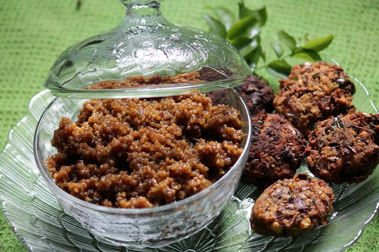 Thinai Varattiyathu Recipe / Sweet Millet Recipe –  Foxtail Millet Recipes