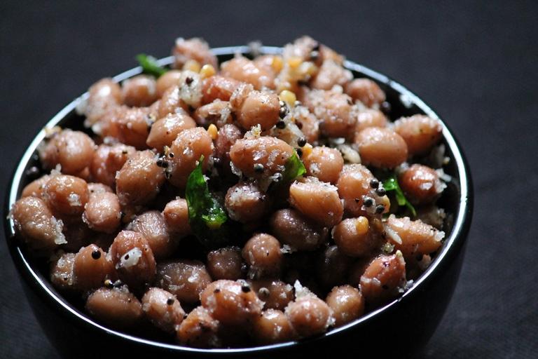 Peanut Sundal Recipe / Verkadalai Sundal Recipe