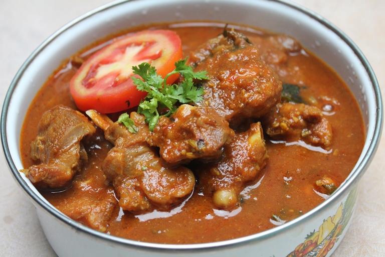 Tomato Chicken Curry Recipe / Tomato Chili Chicken Curry Recipe