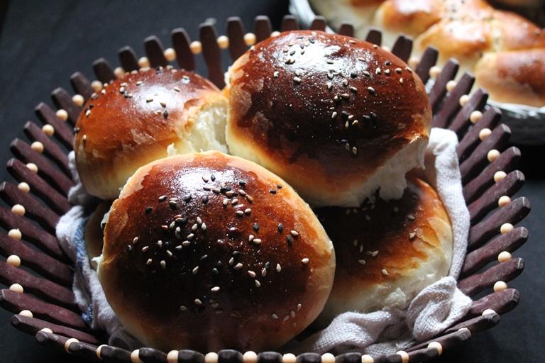 Brioche Buns Recipe / Braided Brioche Recipe