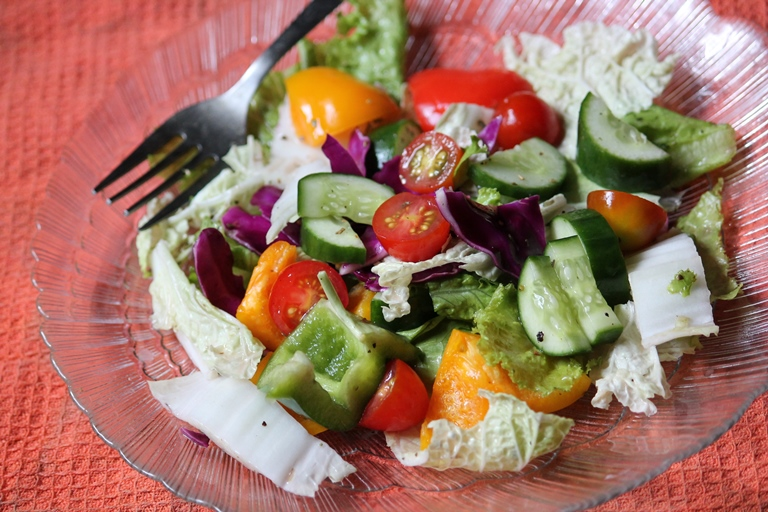 Lettuce Salad Recipe / Lettuce Vegetable Salad Recipe