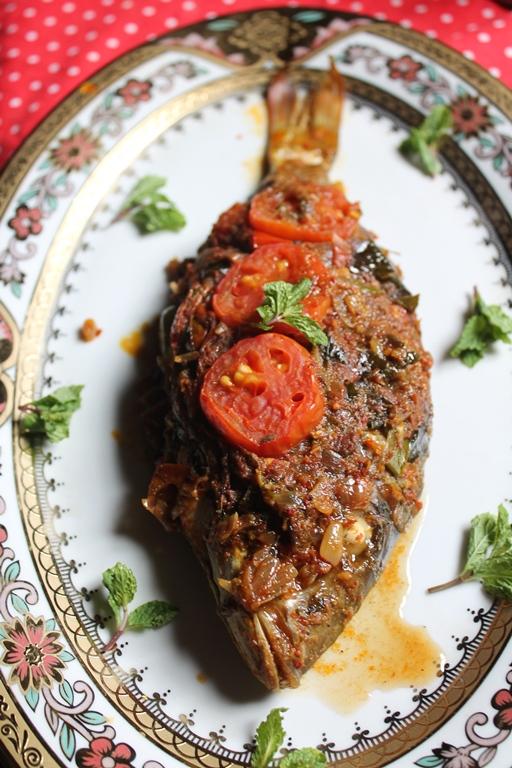 Indian Baked Whole Fish Recipe Baked Masala Fish Recipe