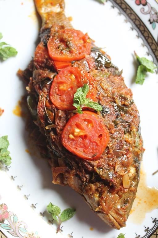 Indian Baked Whole Fish Recipe Baked Masala Fish Recipe Yummy Tummy