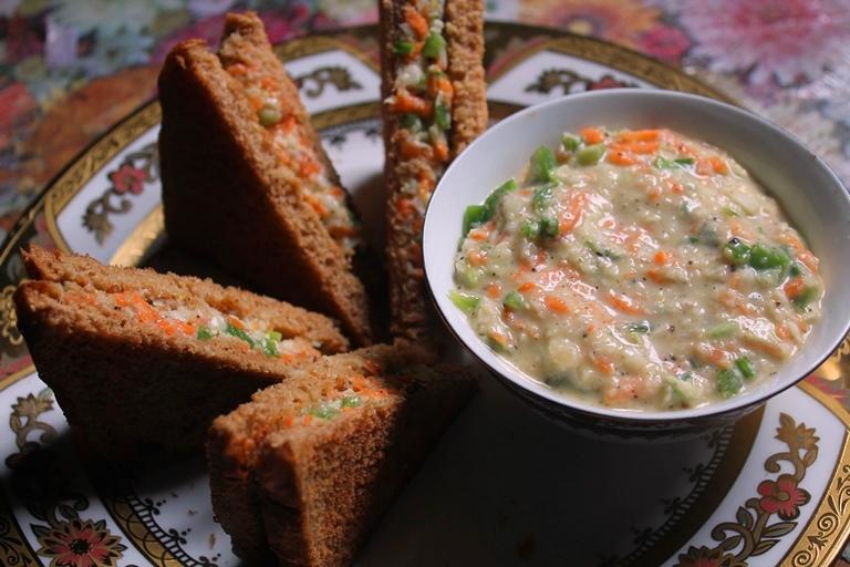Vegetable Mayonnaise Sandwich Recipe / Veg Mayo Sandwich Recipe