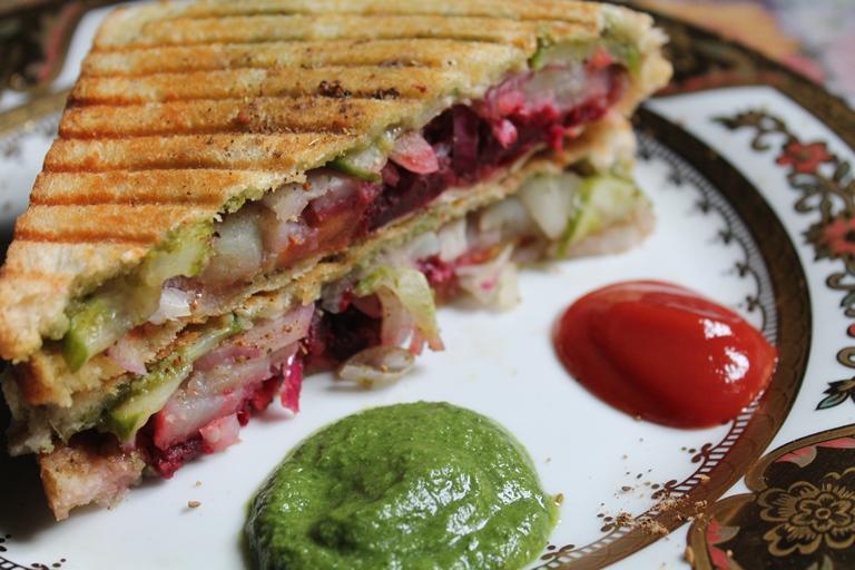 Vegetable Grill Sandwich Recipe / Bombay Veg Grill Sandwich Recipe