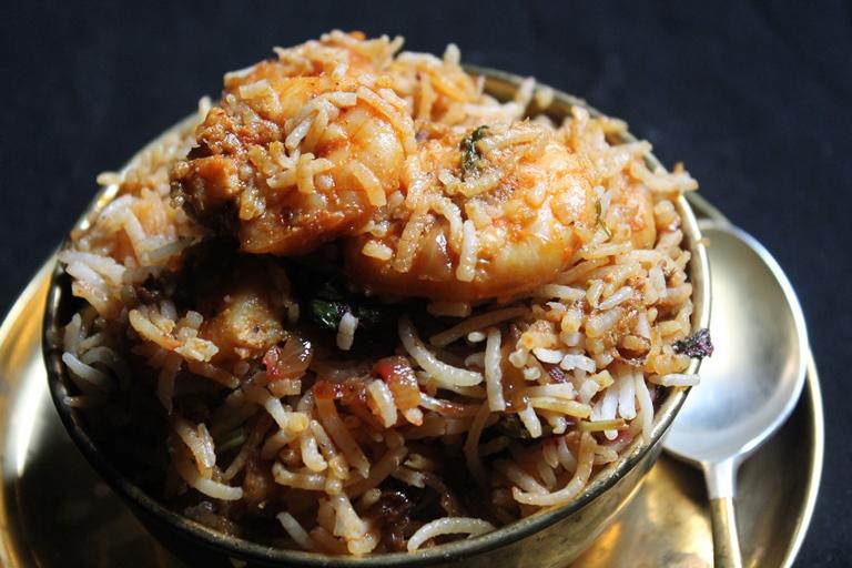 Prawn Biryani Recipe / Prawn Dum Biryani Recipe / Shrimp Biryani Recipe