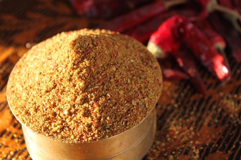 Bachelor Rasam Powder Recipe / Perimma's Instant Rasam Powder Recipe
