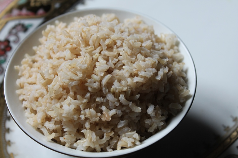 How to Cook Brown Rice – Rice by Draining Method
