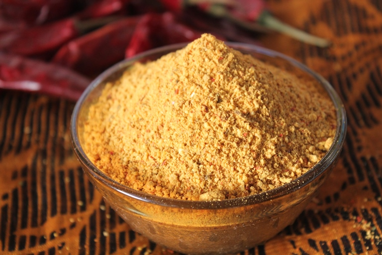 Bachelor Sambar Powder Recipe / Instant Sambar Powder Recipe