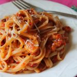 Spaghetti with Tomato Sauce Recipe / Tomato Spaghetti Recipe