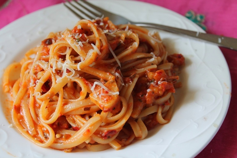 Spaghetti with Tomato ...