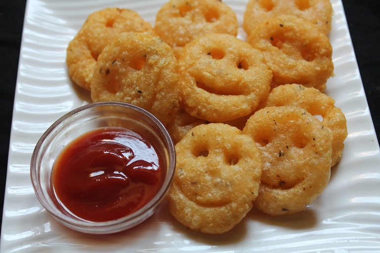 Homemade Potato Smiley Recipe / Potato Smiles Recipe