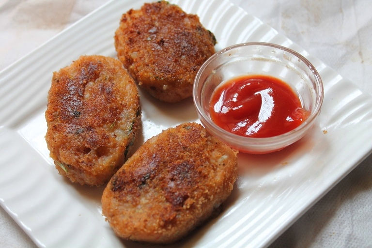 Easy aloo tikki recipe aloo cutlet recipe yummy tummy i love making cutlets this is one of the simple cutlet made with potatoes i call them as tikki because there is no cornflour coating in them forumfinder Gallery