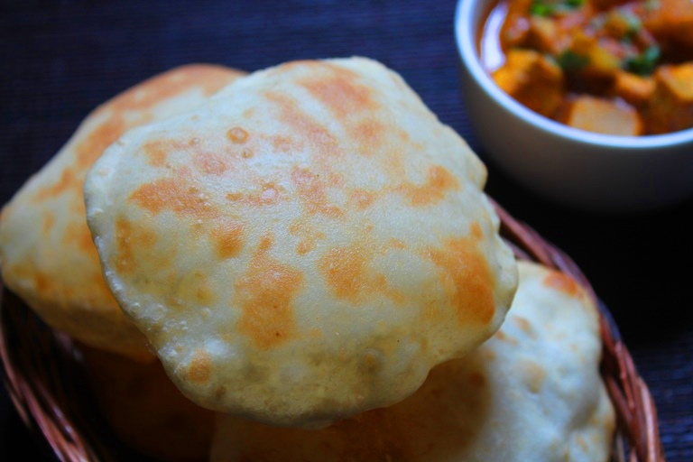 Easy Bhatura Recipe / Bhatura without Yeast Recipe