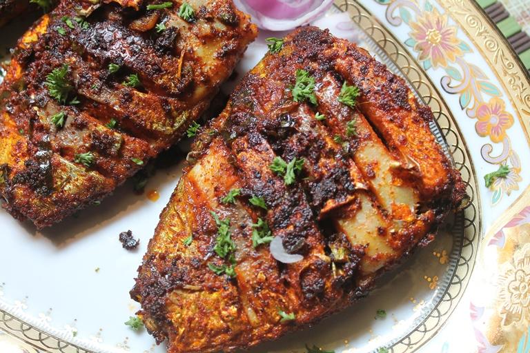 Tawa fish fry recipe yummy tummy for Fried fish recipes
