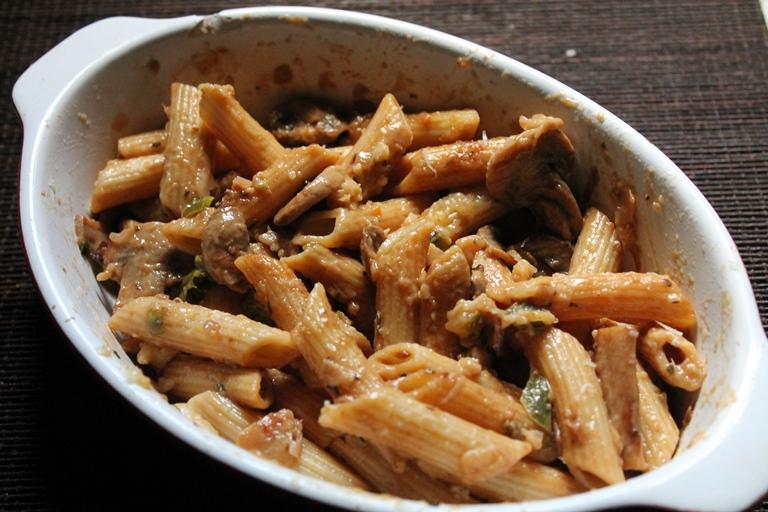 Creamy Mushroom Pasta Bake Recipe / Baked Mushroom Pasta Recipe