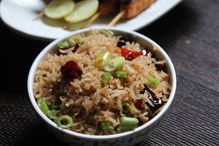 Easy garlic chilli fried rice recipe garlic fried rice recipe easy garlic chilli fried rice recipe garlic fried rice recipe ccuart Images