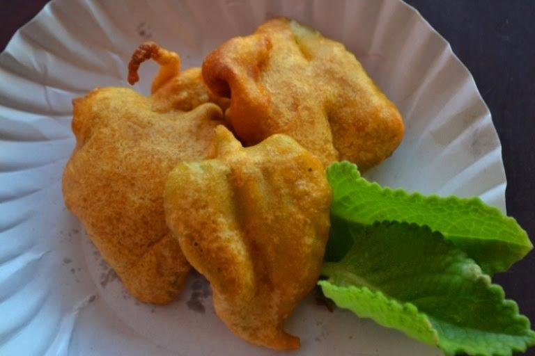 Karpooravalli Leaves Bajji Recipe / Omavalli Bajji Recipe – Country Borage Recipes