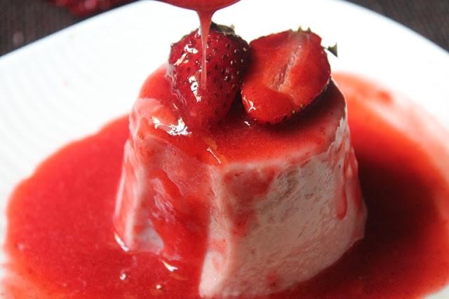 Strawberry Panna Cotta Recipe / Panna Cotta With Strawberry Sauce Recipe