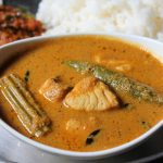 Drumstick Fish Curry Recipe / Meen Muringakka Kulambu Recipe