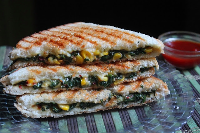 Grilled Corn, Spinach & Cheese Sandwich Recipe – Sweet Corn & Spinach Sandwich Recipe