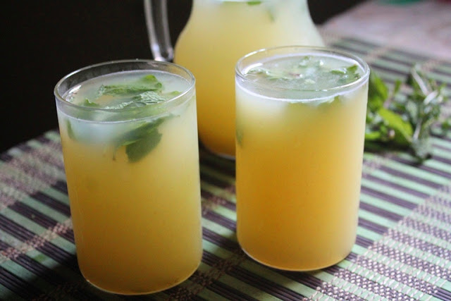 Aam Ka Panna Recipe / Raw Green Mango Drink Recipe