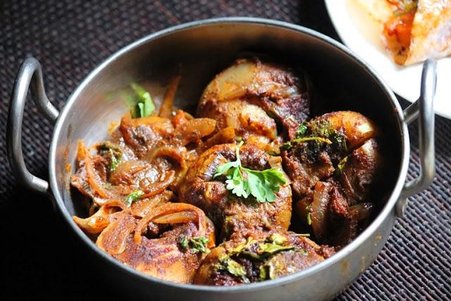 Bharwan Tinda Recipe / Stuffed Tinda Recipe