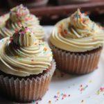 Best Vanilla Cupcakes Recipe Ever – Soft Vanilla Cupcakes Recipe