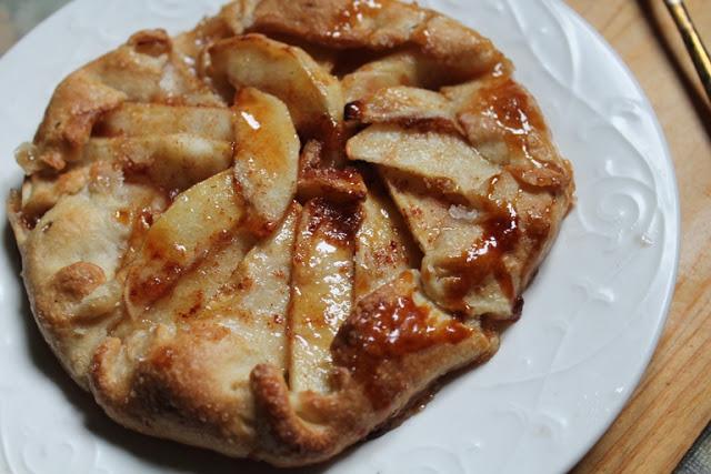 Apple Galette Recipe – Free Form Apple Cinnamon Pie Recipe