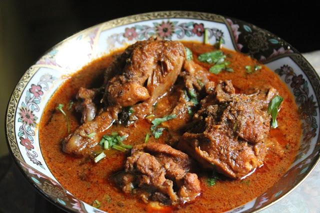 Kolhapuri Chicken Curry Recipe