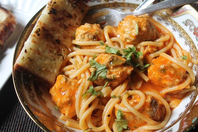 One Pot Spaghetti & Meatball Soup Recipe
