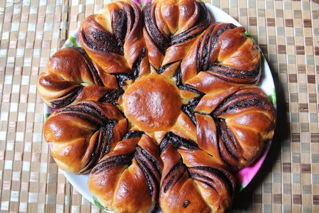 Nutella Flower Bread Recipe – How to Make Nutella Star Bread Recipe – Eggless Recipe