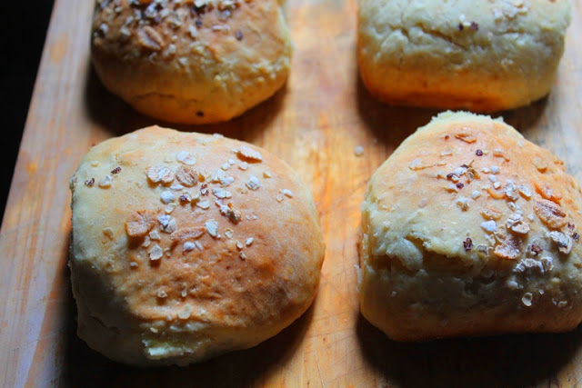 Soda Bread Rolls Recipe – Yeast Free Soda Buns Recipe