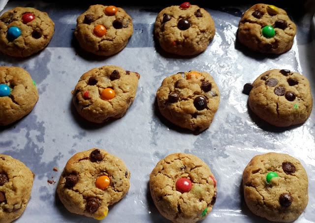 Monster Cookies Recipe – Soft & Chewy