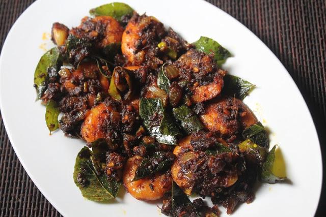 Keralan Prawn Roast Recipe – Chemmeen Roast Recipe